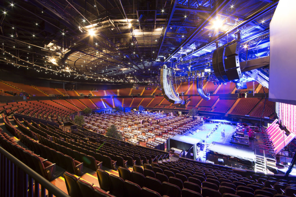 Arena shot of The Fabulous Forum. Photo Courtesy of Rebecca Taylor / MSG Photos